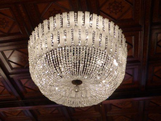 Bild Mit Kronleuchter ~ Die prächtigste lampe der welt der kronleuchter