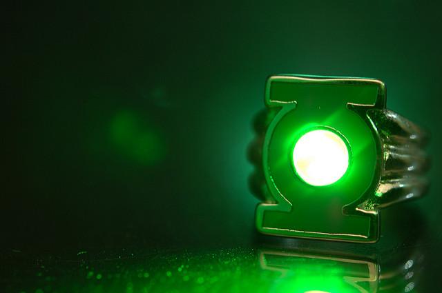 Der geheimnisvoll leuchtende Power Ring von Green Lantern
